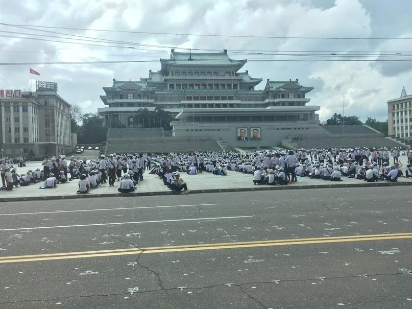 Отчет о путешествии в Северную Корею Площадь Ким Ир Сена