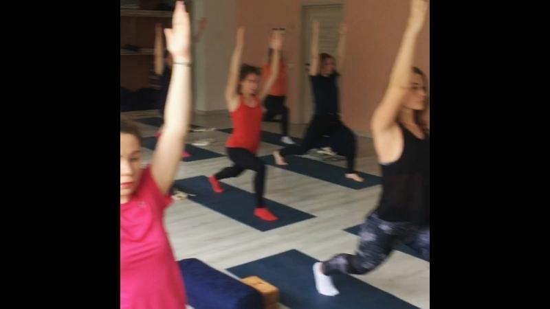 Хатха йога с Екатериной Мишагиной