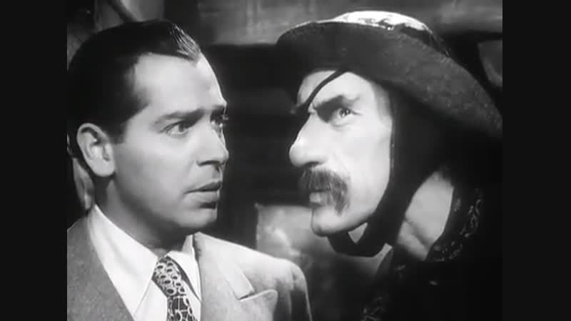 Whispering Ghosts (1942)