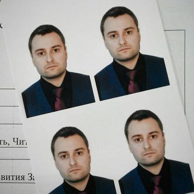 Александр Суханюк