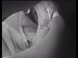 Скрытая камера - в ванне бреет пизду, мастурбирует пальчиками и струей воды - Подглядывание, скрытая камера, подсмотр, вуайеризм
