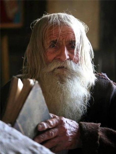 Нищий благотворитель из Болгарии PaJm83FiuIQ