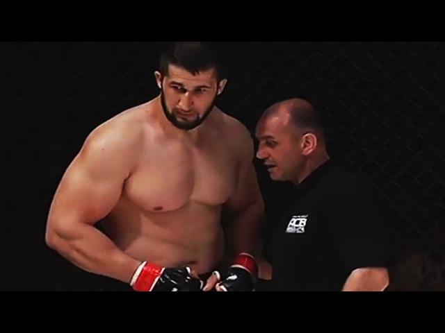 Русский Воин Успокоил Мощного Чеченца в Чечне