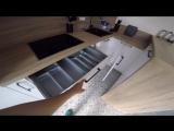 Трендовая белая кухня с деревянной столешницей в необычном дизайне