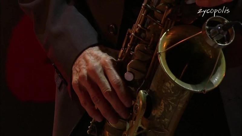 David Sanborn, Bob James, Steve Gadd, James Genus - Comin Home Baby - Jazz à Vienne 2013 - LIVE HD
