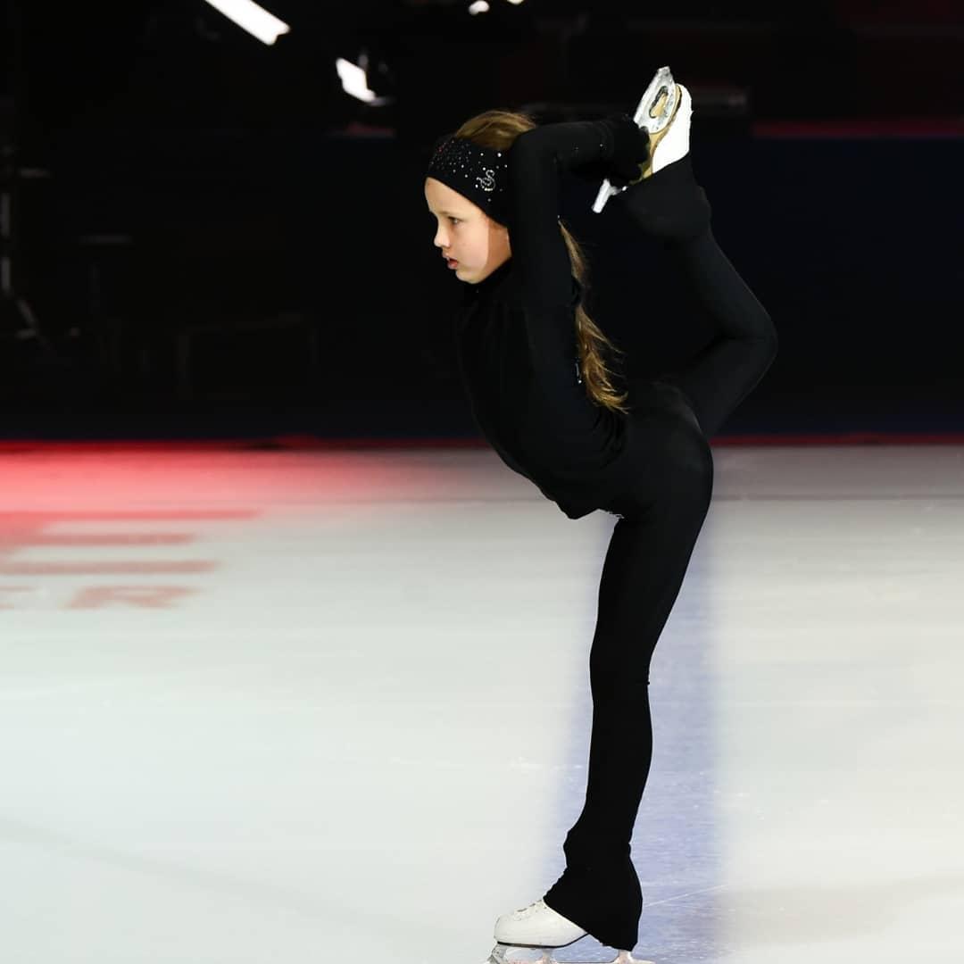 Ледовые шоу-6 - Страница 47 LWwl7KrljT0
