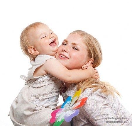 Лучший антидепрессант, все-таки — детские объятия!!! Когда рядом стучит родное сердечко, а пальчики гладят по волосам и вытирают твои слезы — все беды отступают!