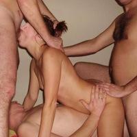 Жен шлюх ебут 0 фотография