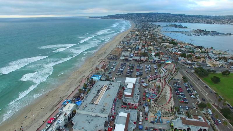 Береговая линия Сан-Диего - Пляж Мишен-Бич
