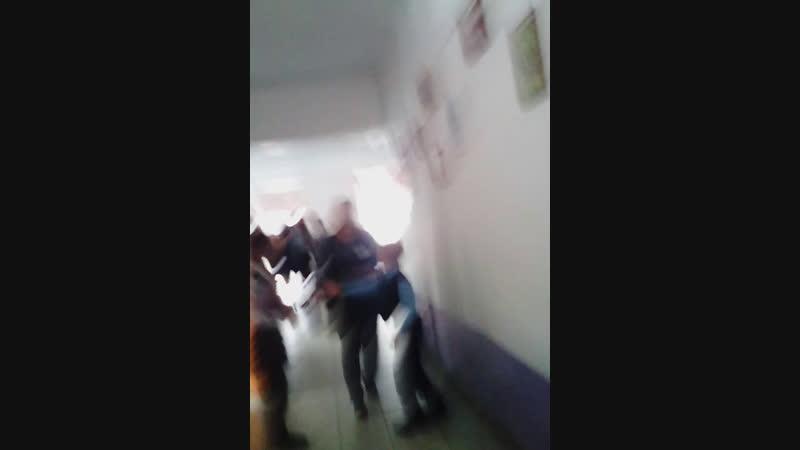 Ебанутая школа