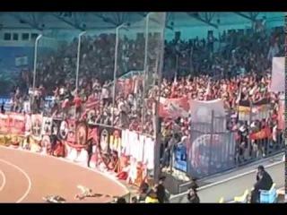 Фанаты спартака поют песню максим