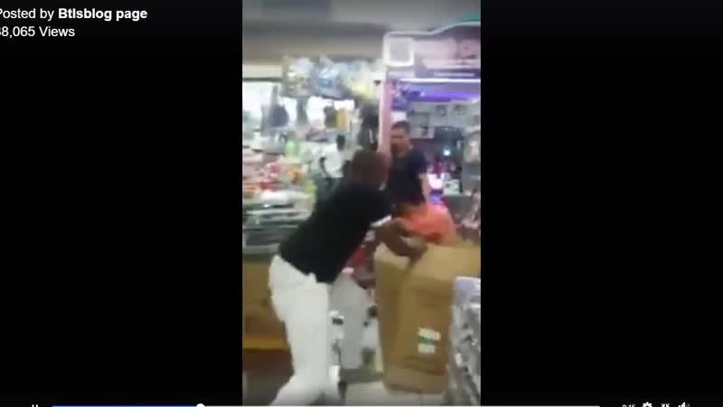 Случай в жаркой Африке Забуревший китаец обозвал кенийца обезьяной в магазине Смотрим что в итоге вышло