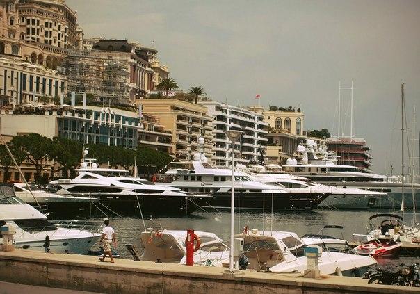 Яхты в порту Монте Карло