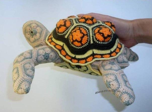 черепаха из мотивов