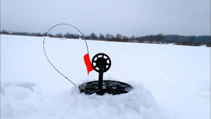 Ловля щуки на жерлицы, удачная рыбалка, зимняя рыбалка, крупный окунь, подлещик.