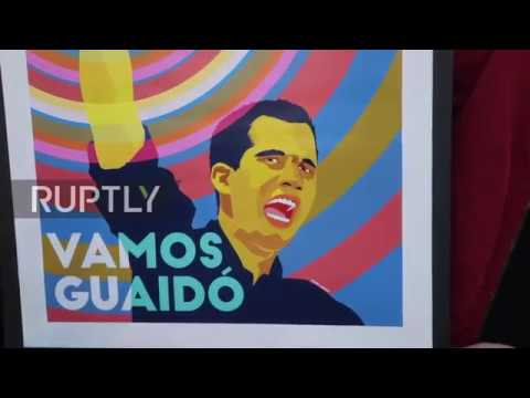 Chile: Hundreds of Venezuelan immigrants celebrate Guaido's 'uprising' in Santiago