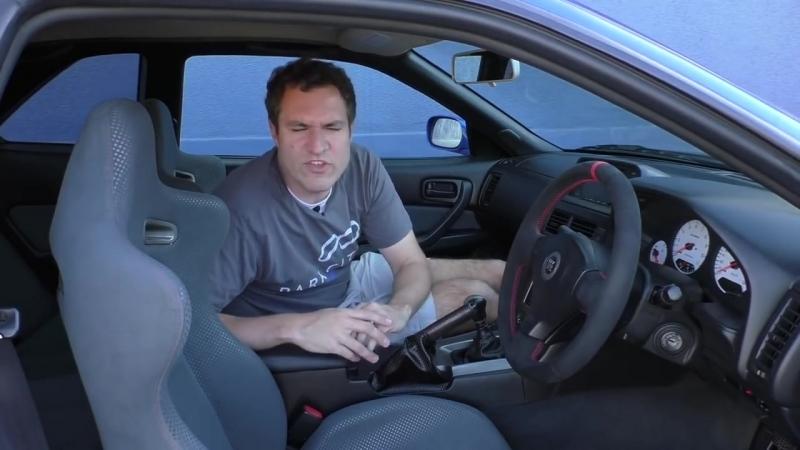 Обзор легального в США R34 Nissan Skyline GT-R[via torchbrowser.com]