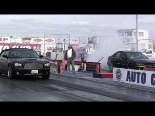 Mercedes Benz C55 AMG vs Dodge Charger SRT8