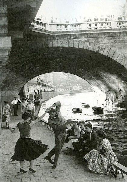 Рок н ролл париж 1952