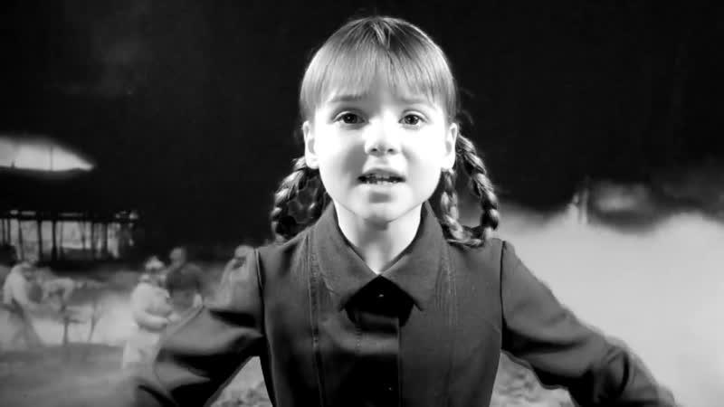 Стихи о Блокаде Ленинграда -Тихвин, 14 октября 1941 года (автор А. Молчанов) - читает Виолетта Наумчук, 6 лет, стихи до слез