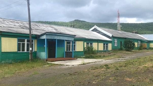 Школа в поселке Седаново
