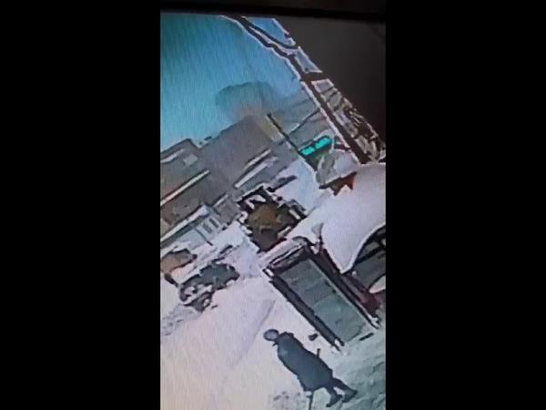 В Сети опубликовали видео смертельного ДТП со снегоуборочным трактором в Шерегеше
