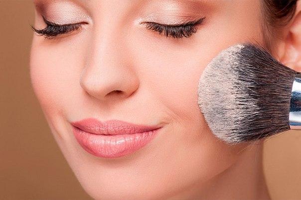10 грубых ошибок в макияже, которые прибавят вам 5-10 лет