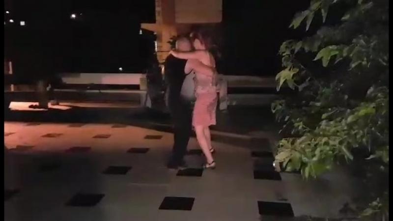 Канженге на берегу-танго