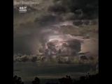 Завораживающий таймлапс шторма в Австралии