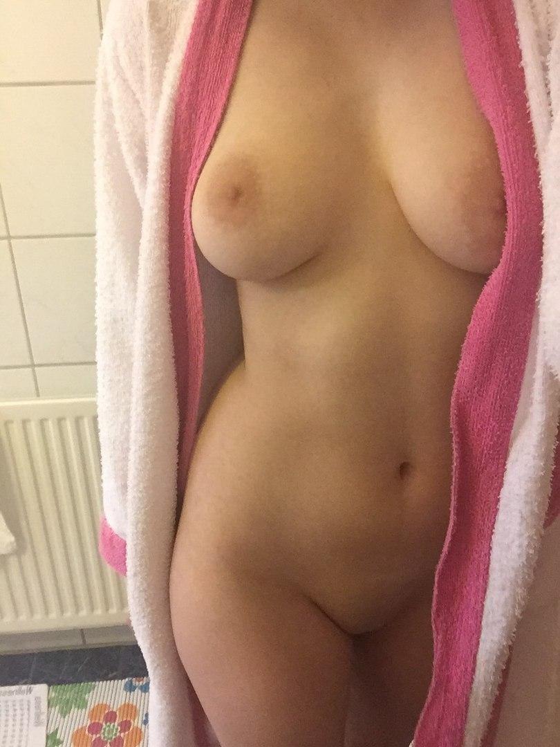 Redhead pussy tubes