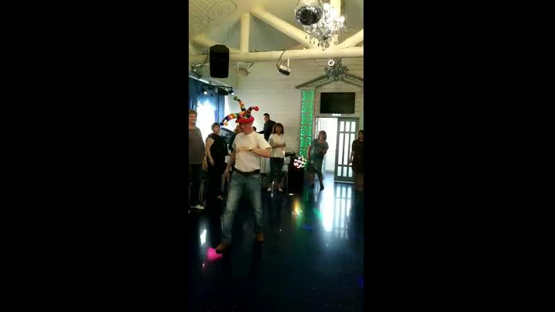 Танцы в шапке
