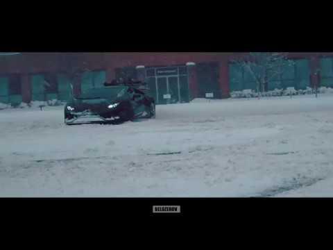 Huracan Drifting in Snow
