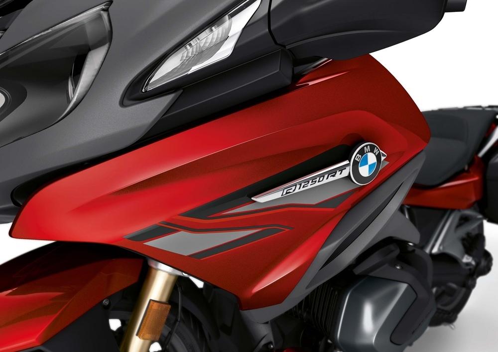 Обновленный мотоцикл BMW R1250RT 2019