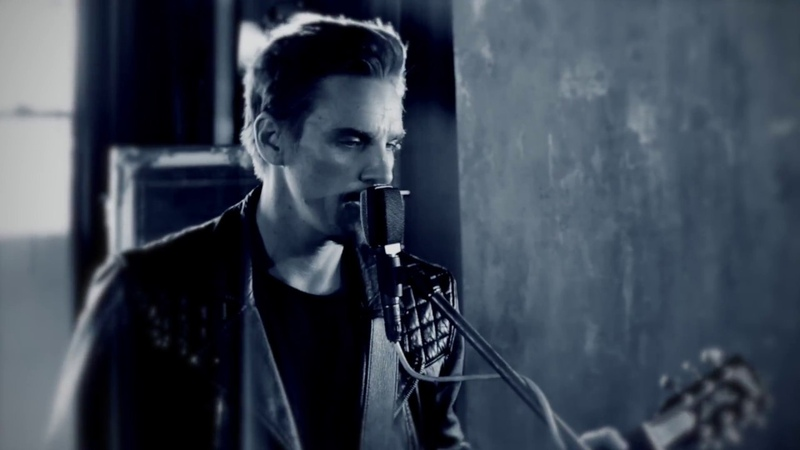 Riley Smith - I'm On Fire (Live at The Loft)