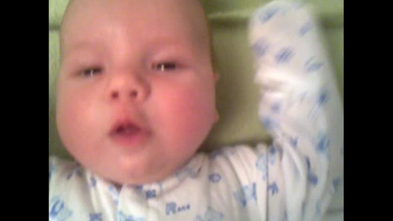 Мой братик в младенчестве :з