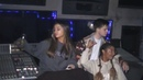 🌙 Victoria Monét on Instagram Studio moments with friends part 2 featuring @arianagrande @dougmiddlebrook @tbhits @bluebird @socialhouse ✨😌 film