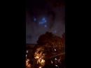 в небе над Москвой сняли загадочные голубые огни