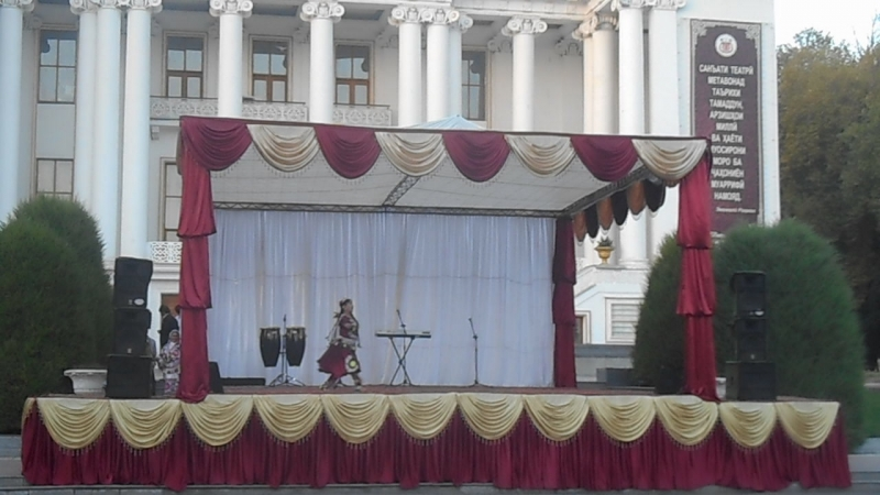 танец в Средней Азии г. ДУШАНБЕ Таджикистан