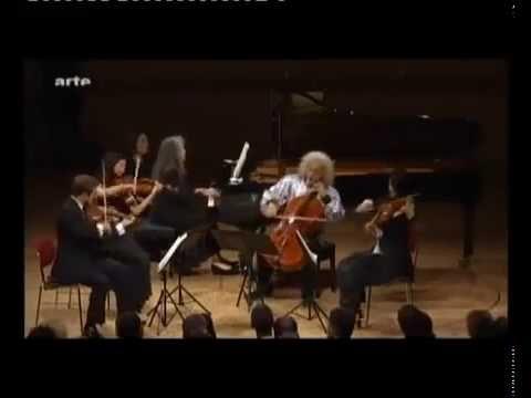 Argerich plays SCHUMANN Piano Quintet op. 44, E flat Major