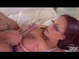 Vinny star and emma butt - massive tits jizzed on handyman fucks busty brit s big boobs