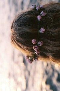 Бумбокс вона носила квіти у волоссі