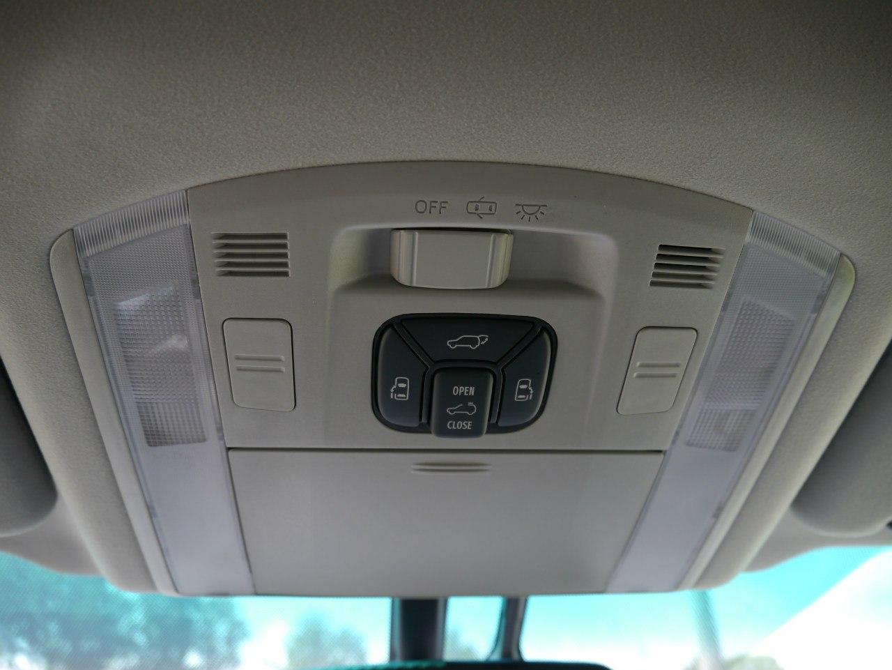 Блок-управления боковыми сдвижными дверьми, багажником и панорамным люком Toyota Alphard 2013