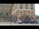 Парад у Королевского дворца в Стокгольме