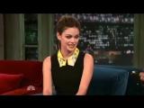Rachel Bilson au Late Night de Jimmy Fallon le 6 octobre 2011