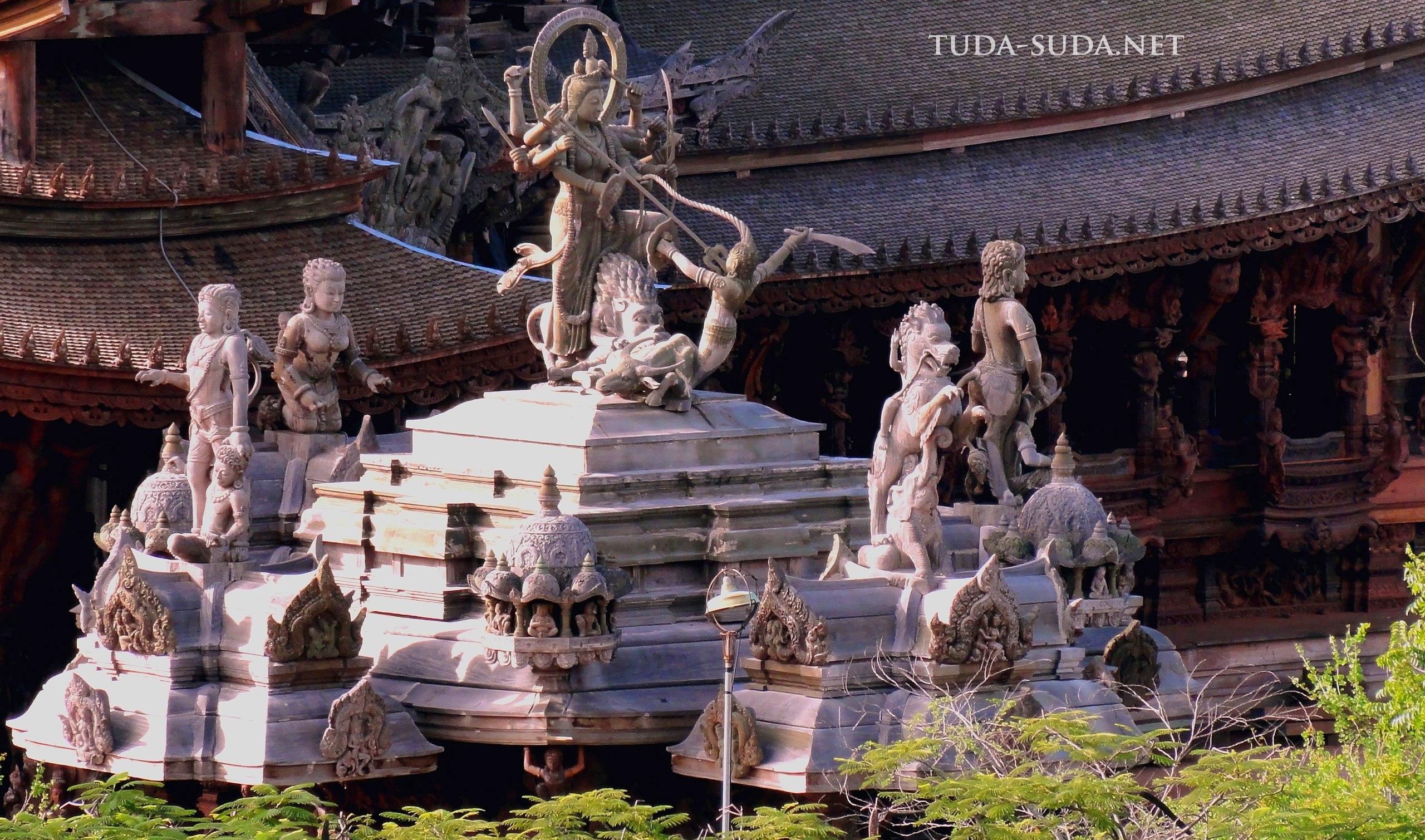 Храм Паттайя Тайланд
