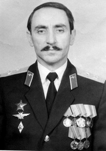 акакиев борис викторович биография очередникам
