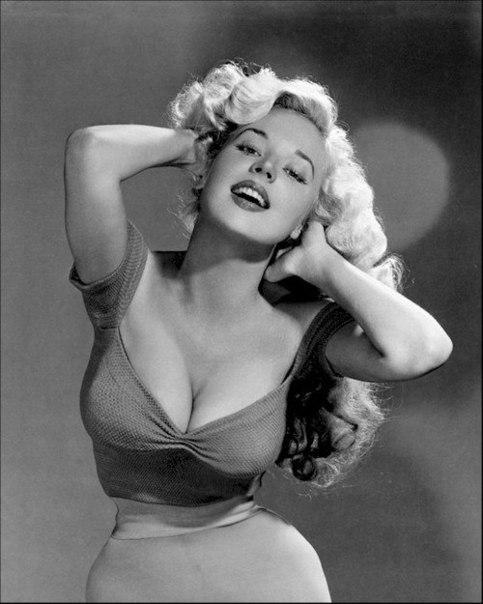 Бетти Бросмер - секс-символ 50-х.
