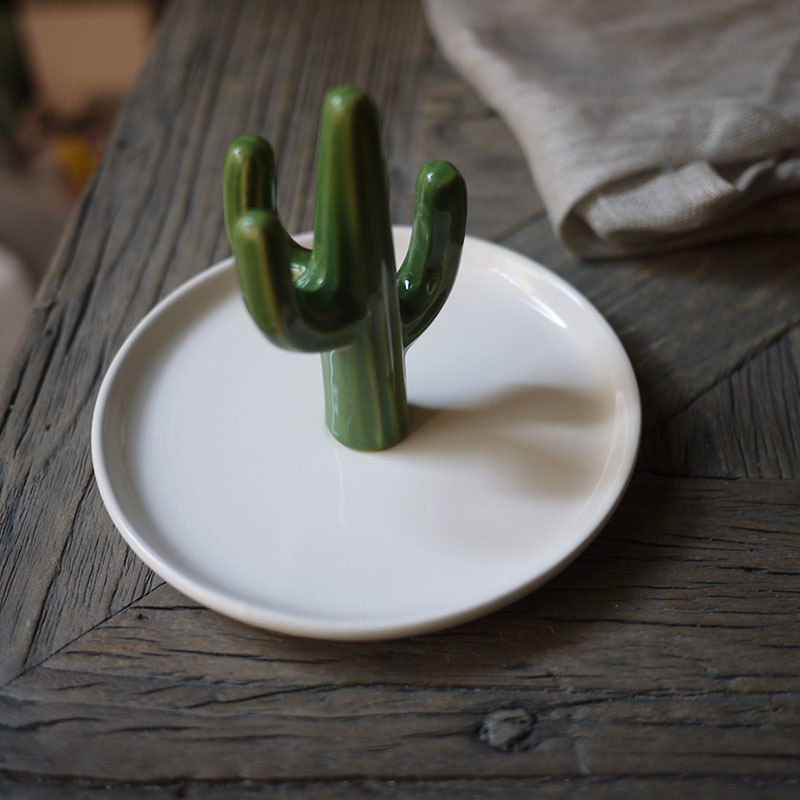 Керамический кактус-подставка для хранения колечек