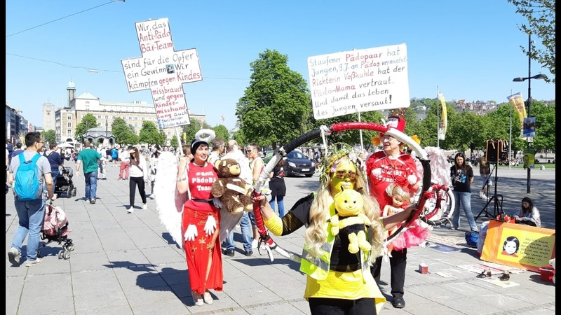LIVE AUS STUTTGART (20.4.19) Demo gegen Kindesmissbrauch mit Myriam Gelbwesten