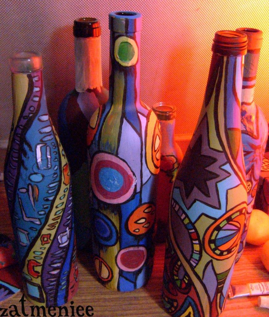 Роспись бутылки красками